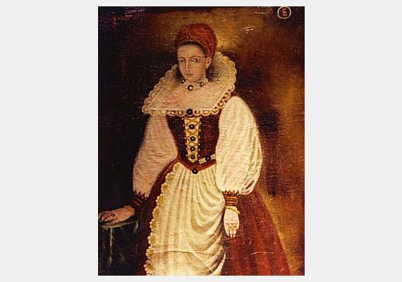 Báthory Erzsébetet, a csejtei vár úrnőjét a történelem rémtetteiről ismeri, melyekkel az 1500-as évek végétől borzolta a kedélyeket. Van, aki szerint azonban csak a korban szokásos koncepciós perek áldozata lett.