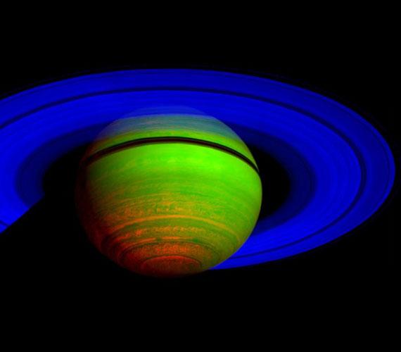 Ez az infrakép a Cassini 65 különböző megfigyeléséből készült 2008 novemberében.