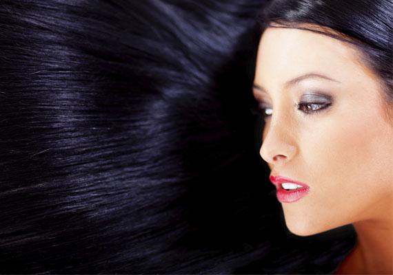 A fekete haj sajnos bármilyen szép is, az álomban balszerencsét jósol.
