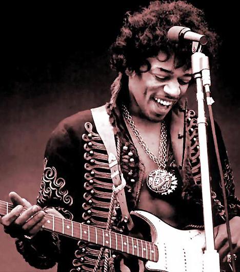 Jimi Hendrix A fiatalon elhunyt ám a mai napig kultikus rockikonnak tehetségét rajongók és kritikusok egyaránt elismerik. Sokan gondolják úgy, hogy a Purple Haze és az All Along the Watchtower szerzője a valaha élt legnagyobb hatású rockgitáros. 1942. november 27-én született Washingtonban és 1970. szeptember 18-án hunyt el Londonban.Kapcsolódó cikk:Botrány a halott rocklegenda körül »