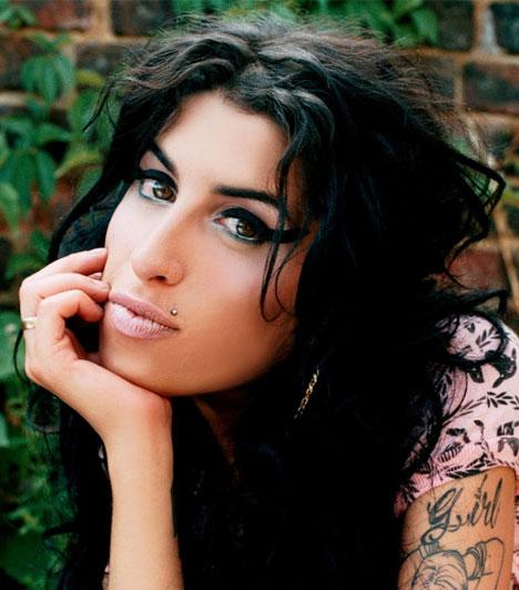 Amy Winehouse  A tragikus sorsú Amy Winehouse 1983. szeptember 14. – én született Londonban, és 2011. július 23.án halt meg. Hatszoros Grammy-díjas, soul-, jazz-, és rhythm and blues-énekesnő valamint dalszövegíró volt.