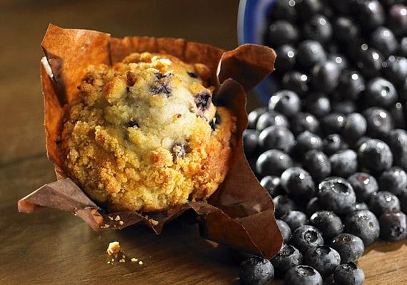 Ha reggelente édeset kívánsz, válassz teljes kiőrlésű lisztből készült, gyümölccsel gazdagított muffint.