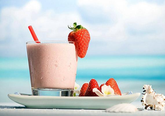 Ha reggelente szűk a gyomrod, igyál egy tejes-gyümölcsös turmixot: egyszerre pótolod a fehérjét, és gondoskodsz az emésztésserkentő rostokról.