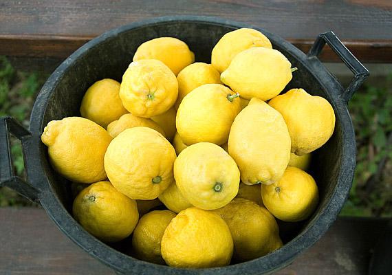 A közhiedelemmel ellentétben a citromnak is lúgosító hatása van.