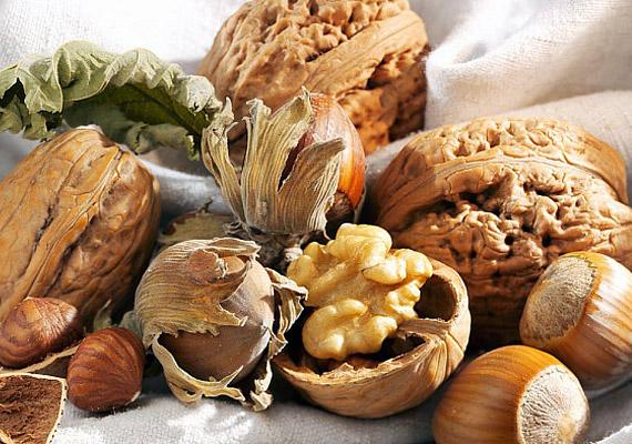 Az olajos magvak szintén gazdagok fehérjében, akárcsak a zsírégetéshez szükséges más vitaminokban és nyomelemekben, például B-vitaminban és magnéziumban is.