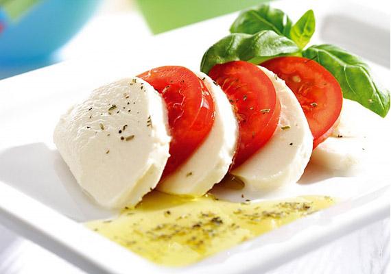 A zsírszegény sajtok remek fehérje- és kalciumforrások, így megkönnyítik az izmok fejlődését.