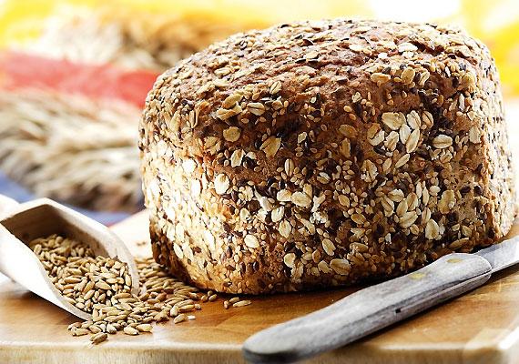 A B-vitaminok szerepet játszanak a fehérjék, a szénhidrátok, a zsírok lebontásában és felszívódásában. A teljes kiőrlésű kenyér a B-vitaminok egyik kiváló forrása.