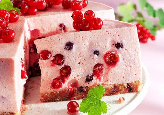 A joghurttorta könnyű, fehérjében gazdag desszert lehet a karácsonyi vacsora után.