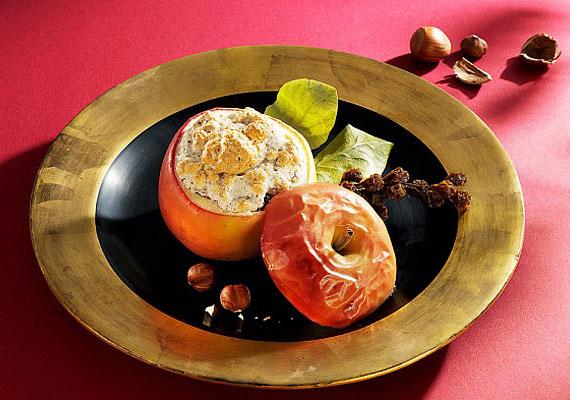 A dióval töltött, kevés fahéjjal ízesített, forró sült alma remek desszert, és jót tesz az emésztésnek is.