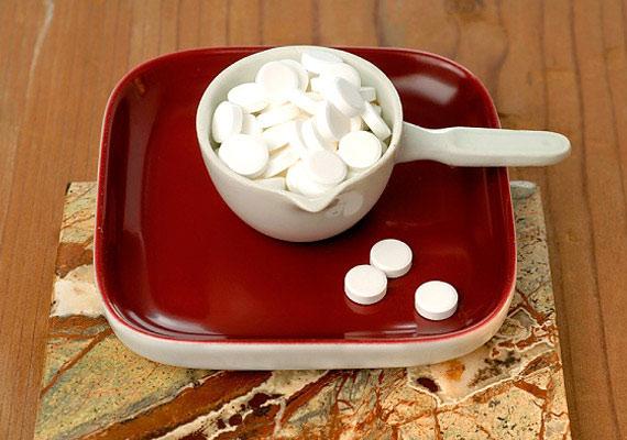 Az, hogy édesítővel váltod ki a cukrot, nem jelenti azt, hogy korlátlanul nassolhatsz: ezek a mesterséges szerek erősen savasítanak.
