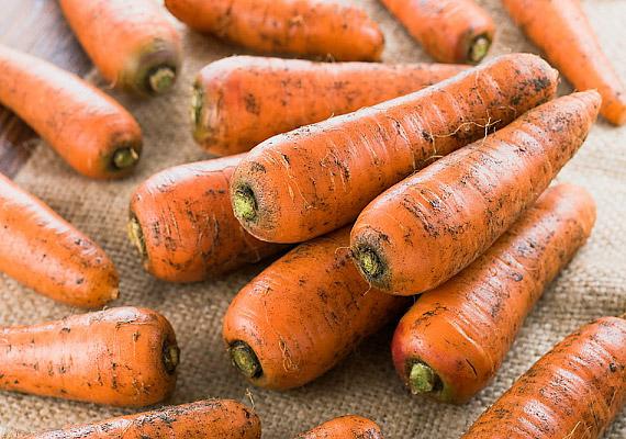 A sárgarépa rostjai megszabadítanak a lerakódásoktól, ráadásul az édesség utáni vágyadat is csillapíthatod vele.