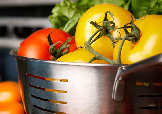 A paradicsomban szintén alig van kalória, viszont nagyon erős vértisztító étel.