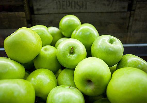 Az alma is remek béltisztító étel, de savanykás fajtát válassz, különben túl magas lehet a cukortartalma egy diétához.