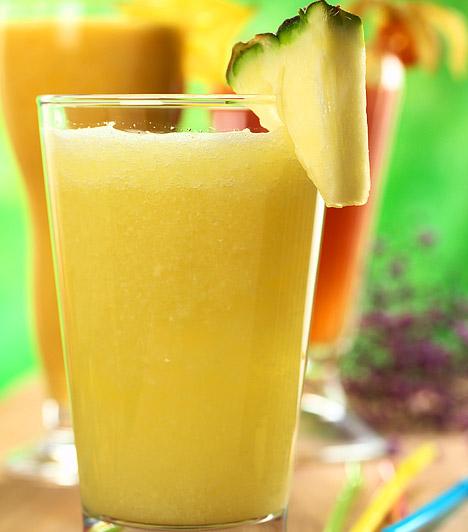 Ananászlé  Zsírégető hatása mellett jobb közérzetet biztosít, és édesség iránti vágyadat is csökkenti. Könnyű és ízletes táplálék, 10 dkg csak 30 kalóriát tartalmaz. Salaktalanító, emésztésserkentő hatásának köszönhetően gyorsan megszabadít a plusz kilóktól.  Kapcsolódó cikk: Lapos has 5 nap alatt a speciális ananászdiétával »