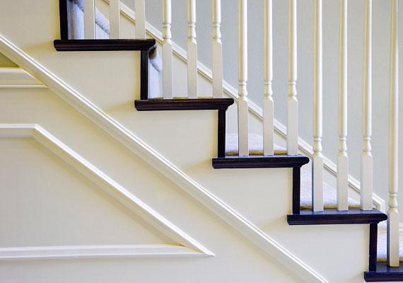 Egy lépcsőt biztosan találsz a lakásban vagy az épületben, így nem kell kimenned a hidegre, hogy elégess 470 kalóriát.