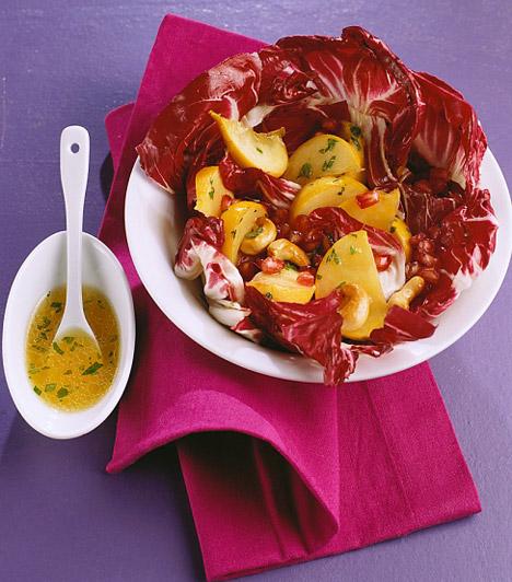 Radicchio  Ez a hazánkban még kevésbé ismert olasz káposztaféle igazi különlegessége lehet a kiegyensúlyozott étrendnek. Színpompás, márványszerű levelei nemcsak vitaminokat és ásványi anyagokat, például kalciumot, magnéziumot és foszfort tartalmaznak, de rengeteg rostot is, így, ha szeretnél fogyni és jót enni, készíts egy radicchio-salátát.