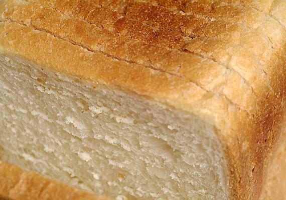 A fehér kenyér rosttartalma jóval alacsonyabb, mint a teljes kiőrlésű változatoké. Fogyasztása során a fehér kenyér egy része megtapad a belek falán, lassítva ezzel az emésztési folyamatokat.
