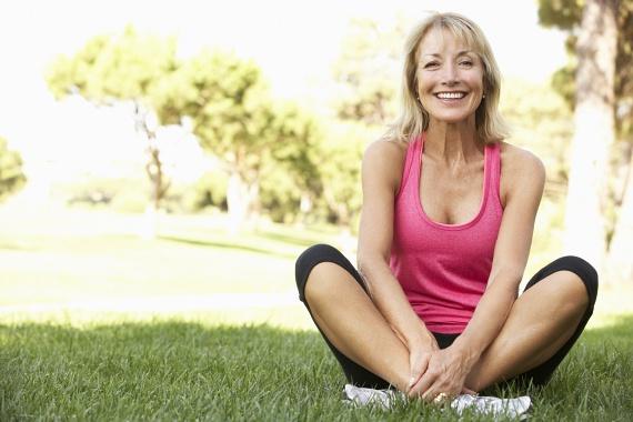 Nemcsak a diétádat tartod be, de ráadásul tornázol is? Ha nem fáradsz el, sohasem érzel izomlázat, és más eredmény sem mutatkozik, akkor valószínűleg túl gyenge már számodra az edzés. Próbálj ki valami újat, például ezt a súlyzós edzést, amellyel kihívás elé állíthatod magad!