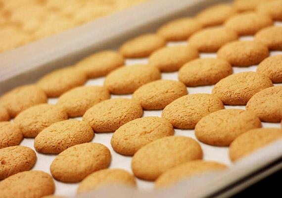 A mandulaalapú amaretto kiváló csemege lehet egy csésze tejeskávéhoz vagy forró csokihoz. Megbolondíthatod egy kevés fahéjjal is. Kattints ide a receptért!