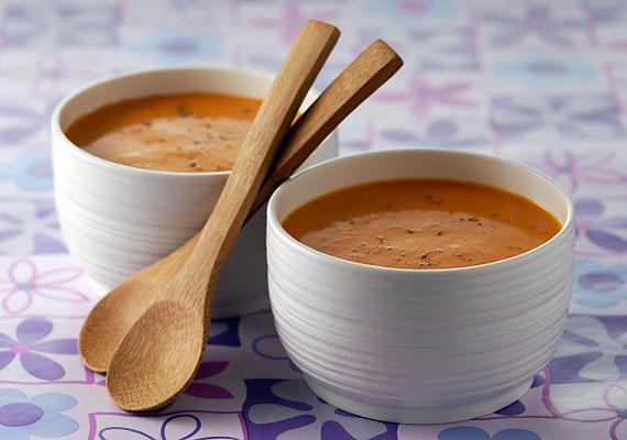 A porból készült levesek rengeteg sót és mesterséges adalékanyagot tartalmaznak: igazi sokk az anyagcserének.