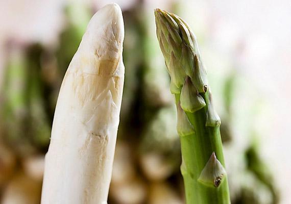 Érdemes a spárgát beiktatnod az étrendedbe - kipucolja az erekből a koleszterint, megtisztítja a bélrendszert, valamint eltávolítja a salakanyagokat.