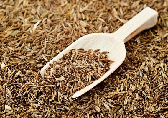 Évszázadok óta ismerik a kömény emésztésserkentő hatását. A belőle készült tea hatékonyan kiegészíti a fogyókúrát, megszünteti a puffadást.