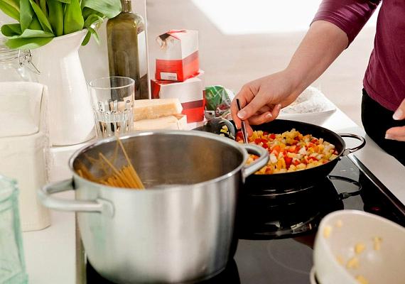 Felejtsd el a gyorséttermeket, és főzz inkább magadra! Ha te készíted az ételt, biztosan tudhatod, hogy mi van benne.