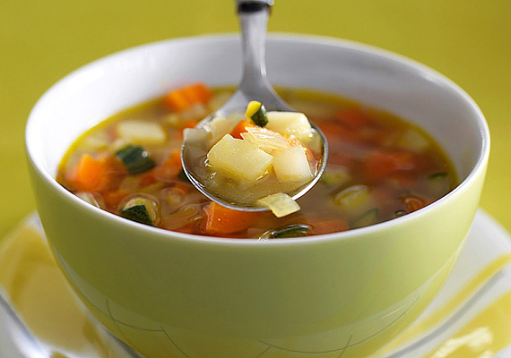 Zelleres-paradicsomos leves                         Orvosok által kifejlesztett recept, melyet a keringési zavarokkal küzdő, túlsúlyos betegeknek fejlesztettek ki, dietetikusokkal karöltve. Ez az étel annyira hatásos, hogy neked is érdemes kipróbálnod! Kattints a receptért!