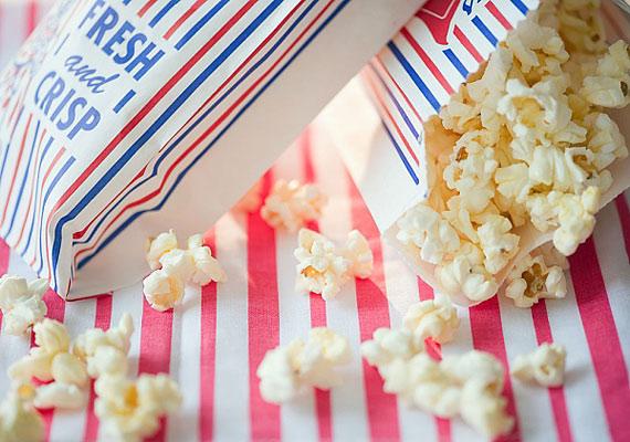 Sózatlan, otthon elkészített popcornból nyugodtan megehetsz hatbögrényi adagot, nem veszélyezteti a diétádat.