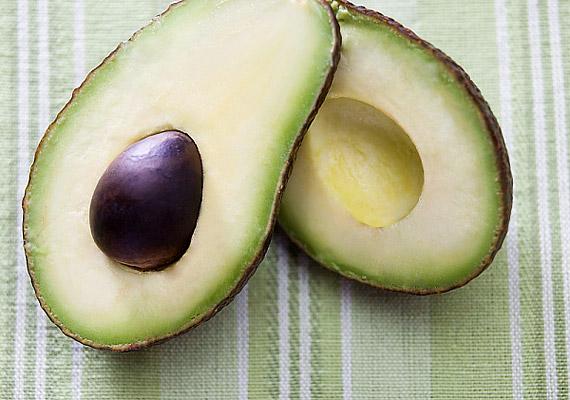 Nem hagyhatjuk ki a sorból az avokádót, ami az egyik legerősebben lúgosító élelmiszer.