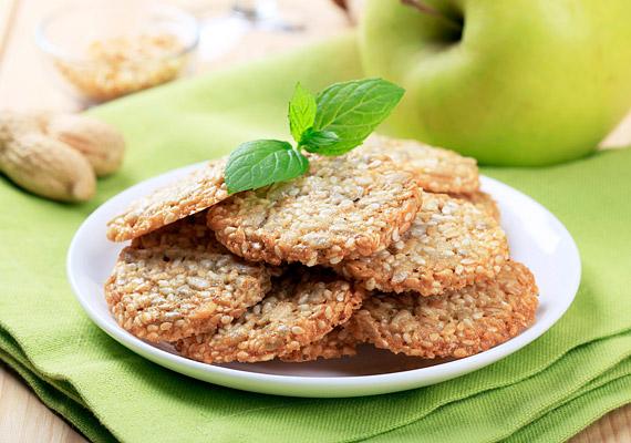 A házi, teljes kiőrlésű gabonából készült kekszet a táskádban is magaddal viheted.