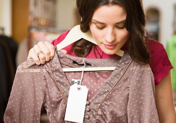 Ha lefogysz, olyan ruhákat is hordhatsz, melyeket korábban csalódottan akasztottál vissza a vállfára. Ez motiváló tényezőként is hatásos lehet.