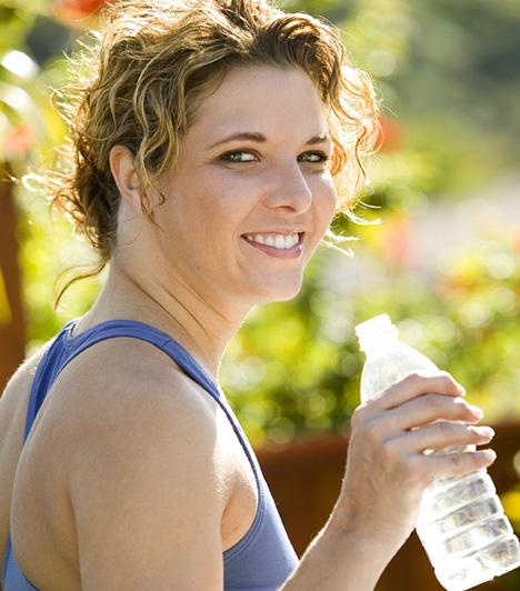 Az egészséges és tartós súlyvesztést biztosító fogyókúrának számtalan összetevője van. Ha nemcsak ideig-óráig akarsz karcsú maradni, a következő elemeket mindenképp építsd be mindennapjaidba.