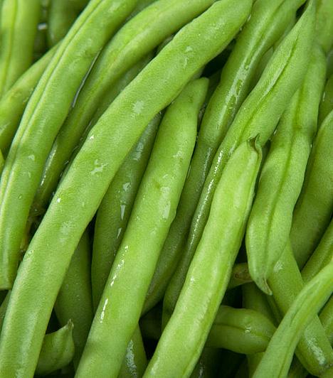 Hüvelyes növények                         A hüvelyes növények elsőrangú fehérjeforrásnak számítanak, így fokozzák az izomépítést és a zsírégető folyamatok hatékonyságát, gyorsan eltelítenek, és energiát adnak. Rostjaik emellett tisztítják az emésztőrendszert.                         Kapcsolódó cikk:                         Egyetlen ételcsoport, ami segít leszámolni a túlsúllyal »