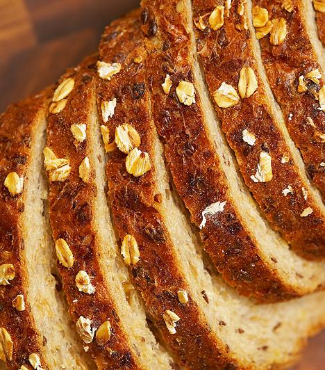Teljes kiőrlésű gabonaA teljes kiőrlésű lisztből készült péktermékek összetett szénhidrátokhoz juttatják szervezeted, mely elengedhetetlen a tartós fogyáshoz. Emellett rostban igen gazdag élelmiszerek, és jóval több értékes tápanyagot tartalmaznak, mint a finomított termékek.