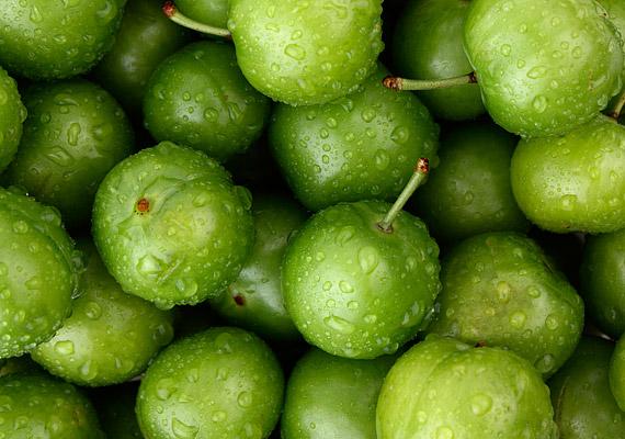 Bár nem különösebben elterjedt a zöldringló fogyasztása, nem árt tudnod, hogy kalóriatartalma 250 kcal.