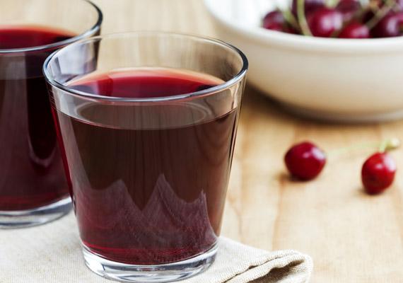 Bár a meggy savanykás ízű gyümölcs, cukortartalma magasabb, mint a cseresznyéé. 2 deciliter 100%-os meggylé energiatartalma pedig 140 kalória.