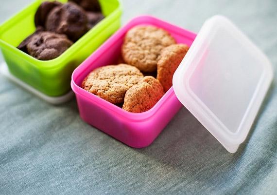 Ha a konyhaasztalon vagy a pulton mindig hever egy szelet csoki, egy doboz süti, azt nagy valószínűség szerint meg is fogod enni.