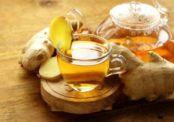 A gyömbér csípős vegyületei - a gingerol és shogaol - serkentik a vérkeringést, segítve ezáltal az immunrendszer kórokozókkal szembeni védekezőképességét, illetve gyorsítják az anyagcsere-folyamatokat. A tea pontos elkészítési módjáról korábbi cikkünkben olvashatsz!