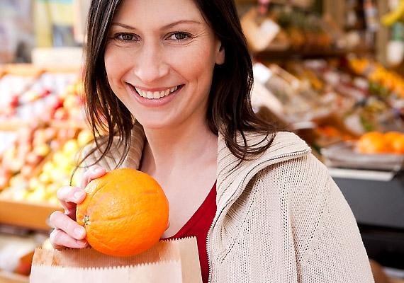 Ne vásárolj éhesen! Ha korgó gyomorral indulsz neki a bevásárlásnak, számos olyan dolog is bekerülhet a kosaradba, mely nemcsak felesleges, de egészségtelen is.
