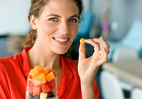 Reggelizz úgy, mint egy király! Vagyis a nap első étkezése tartalmazza a legtáplálóbb alapanyagokat, ebédre és vacsorára pedig egyre könnyebb ételeket fogyassz.