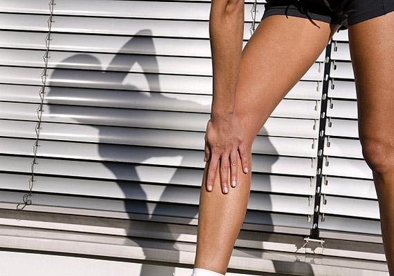 Mozgás nélkül a legjobb diéta is hatástalan. Napi fél óra sportot igyekezz beiktatni az életedbe. Ha nem sikerül, lépcsőzz, vagy válaszd az intenzív gyaloglást.