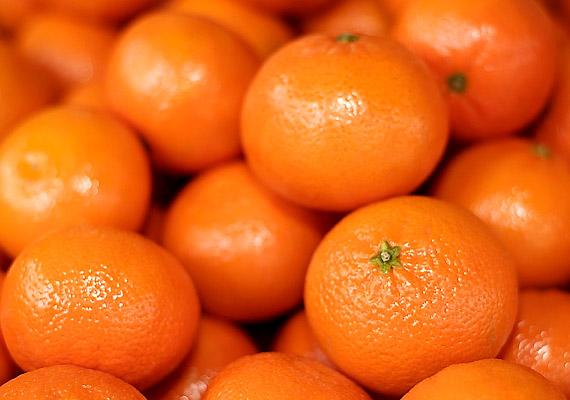 A mandarin tavasz elején még kapható a boltokban. Ha nem untad meg télen, fogyaszd bátran most is - segíti a diétádat.