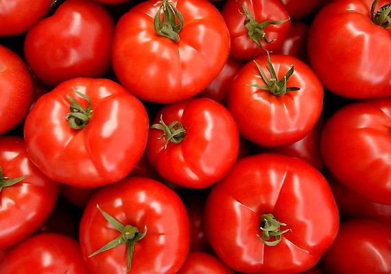 Lúgosítás szempontjából az egyik leghatékonyabb élelmiszer a paradicsom, mely bélrendszered működését is lendületbe hozza. Likopintartalma miatt ráadásul rákellenes és szívvédő hatású is.