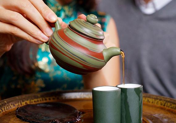 Az Earl Grey tea meggátolja a rossz - LDL - koleszterin felszívódását a vérben, ezáltal pedig a vérzsírok termelődését a szervezetben.