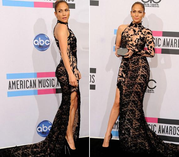 Jennifer Lopez cseppet sem kicsi, gömbölyű fenekéről ódákat zengenek a férfimagazinok. Ebben a rafinált csipkeruhában az American Music Awards gáláján jelent meg.