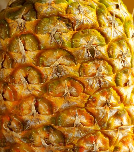 Ananász-diéta  Az ananász segíti az emésztést, fehérjebontó enzimeket tartalmaz, alacsony a kalóriatartalma, mégis nagyon ízletes. A diéta során meghatározott mennyiségű ananásszal kell kiegészítened étrendedet mindennap.  Kapcsolódó cikk: A zsírfaló ananászdiéta »