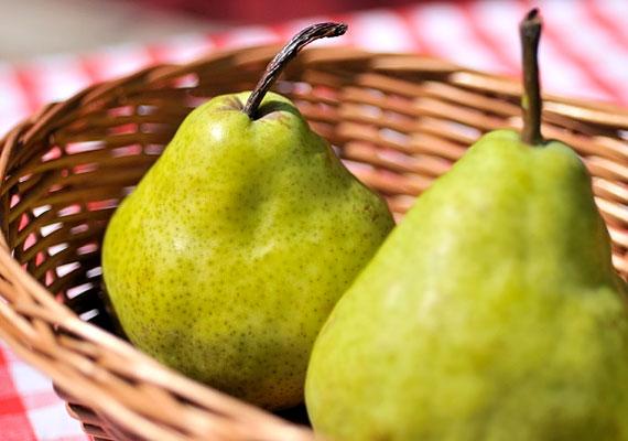 Az augusztustól érő körte ideális diétás gyümölcs, hiszen legfőbb táplálkozástani értéke magas rosttartalma. Serkenti az anyagcserét, felgyorsítja a salakanyagok távozását a szervezetből. További előnye, hogy lassan felszívódó fruktózt tartalmaz, így cukorbetegek is fogyaszthatják.