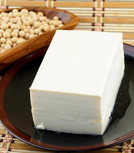 Tofu  A tofut magas fehérjetartalma miatt a vegetáriánusok régóta ismerik, de, mivel serkenti az emésztést, alacsony a kalóriatartalma, ellenben laktat, és változatosan elkészíthető, a diéta ideje alatt is érdemes fogyasztanod.