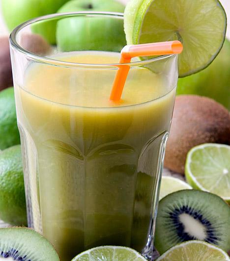Édesített gyümölcslevek                         Cukortartalmuk miatt a gyümölcsök is savasító hatásúak, a belőlük készített, tartósított és édesített levek azonban kifejezetten károsak a sav-bázis egyensúlyra nézve.                         Kapcsolódó cikk:                         3 egészségesnek hitt ital, ami valójában hízáshoz vezet »